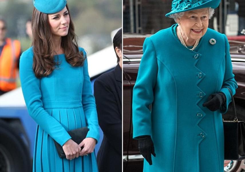 Néhány hónappal ezelőtt mindkét előkelőség akvamarin színben pompázott - habár Erzsébet királynőé egy picit diszkrétebb darab, stílusában nagyon hasonlít Katalinéra.