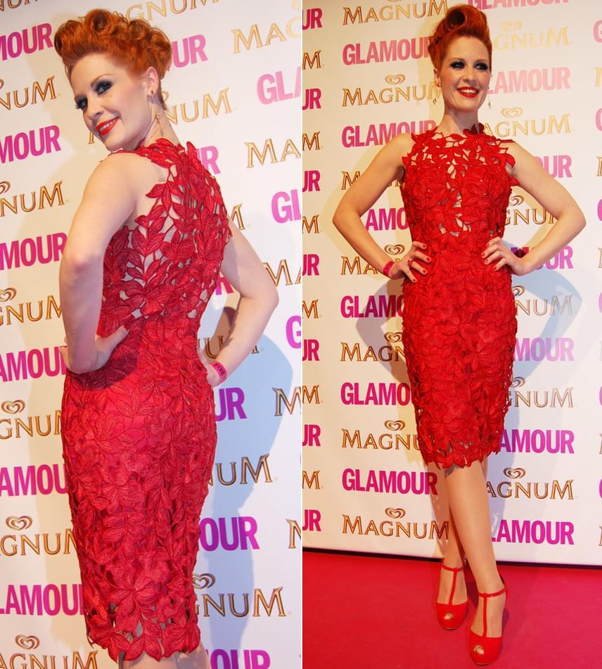 Orosz Barbara, a TV2 műsorvezetője a 2013-as Glamour-gálán tündökölt ebben a piros Sármán Nóra-ruhában.