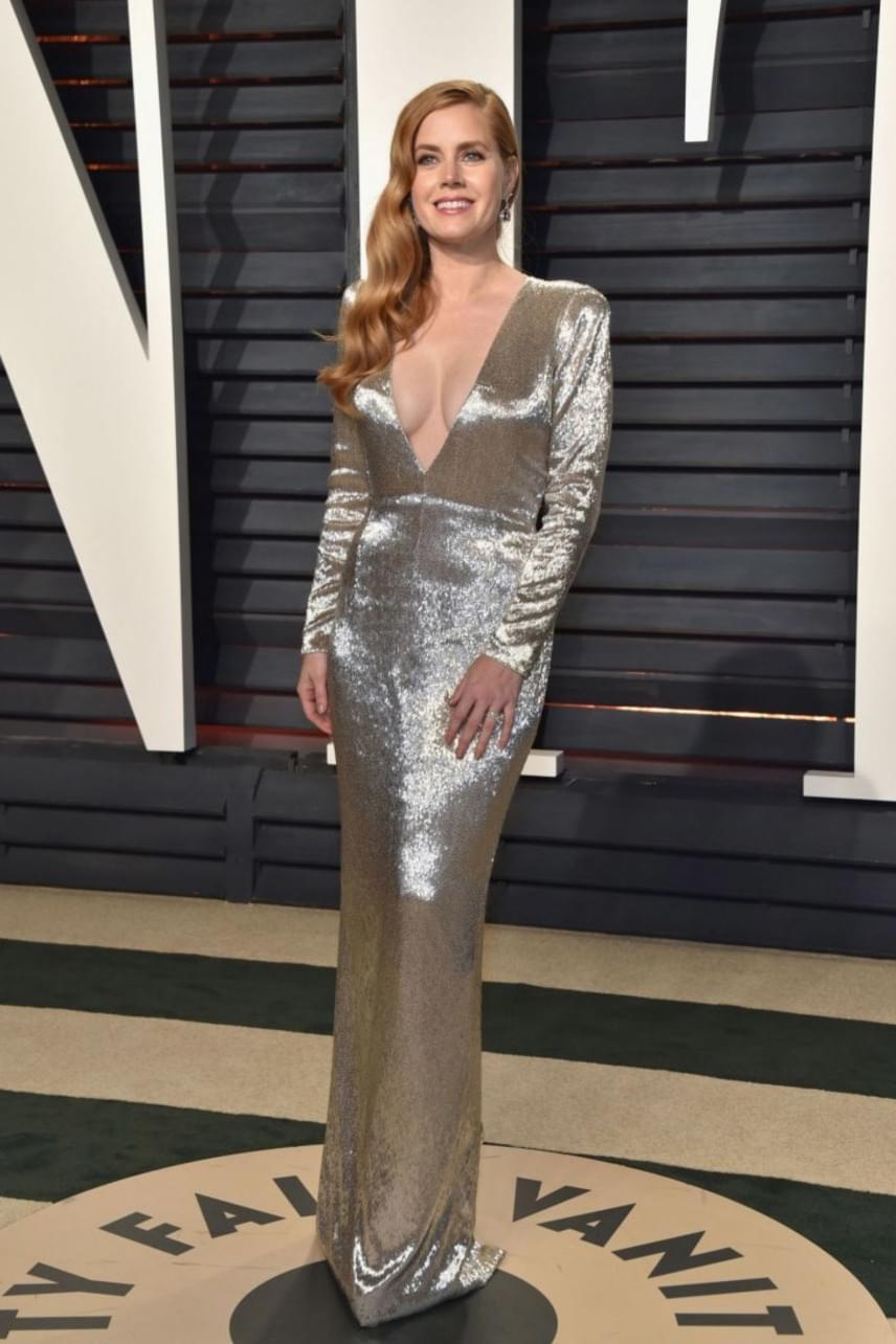 Amy Adams idén az Oscar-jelölésről ugyan lecsúszott, de mi az afterparti legdögösebb sztárjának járó díjat biztosan neki ítélnénk.