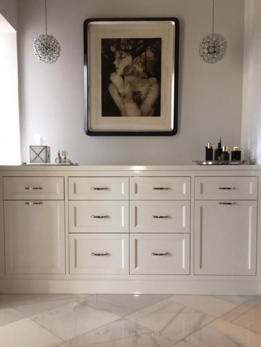Bármilyen meglepő, de ez a fotó Catherine Zeta-Jones fürdőszobájában készült. Még ez is elképesztően stílusos!