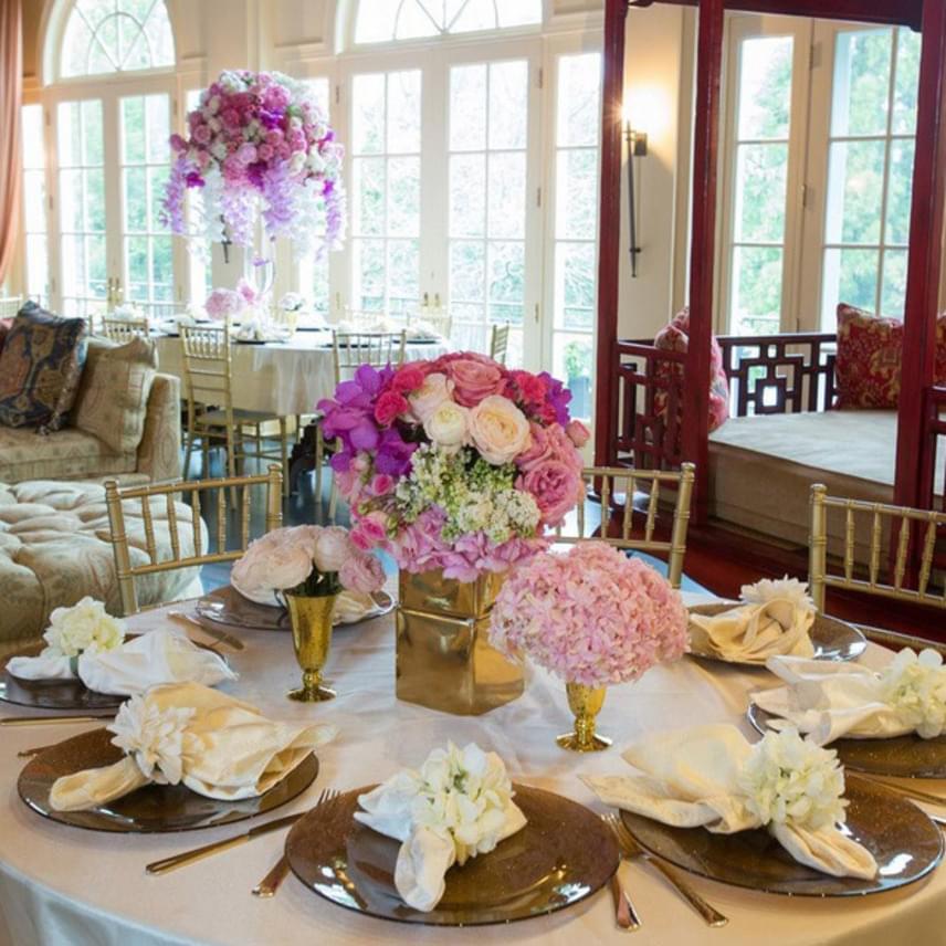 Ha összegyűlik a család, ennél az ebédlőasztalkánál foglalnak helyet, hogy együtt költsenek el egy finom reggelit.