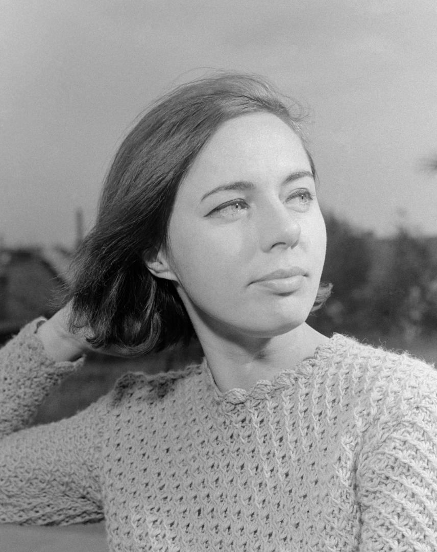 Csomós Mari 25 éves korában, 1968-ban. Ekkoriban a veszprémi Petőfi Színház színművésznője volt.