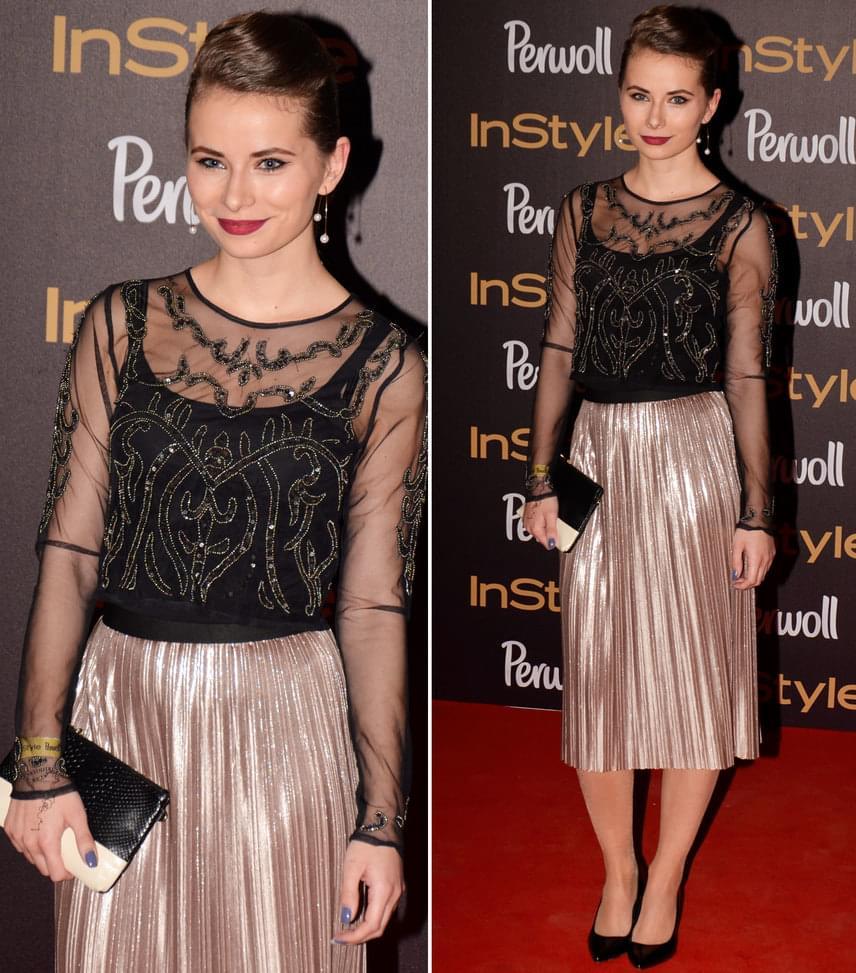 Viszkok Fruzsina  Az InStyle blogger különdíjasa komolyan vette a fekete és arany dress code-ot.