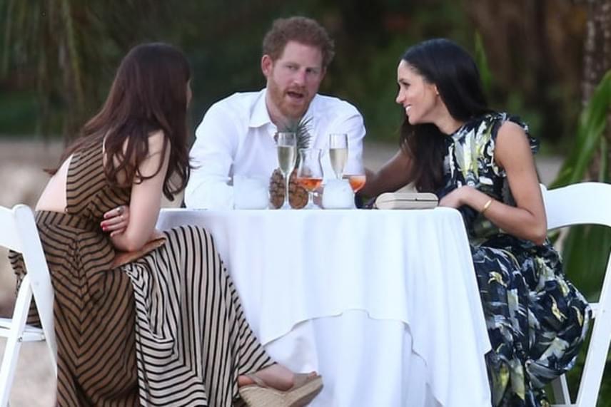 Meghan olyan szerelmes pillantásokat vetett Harryre, hogy kétség sem férhet hozzá, milyen szerelmes a Briliáns elmék sorozat főszereplője.