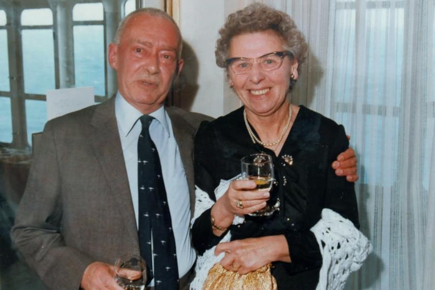 Nellie kétszer házasodott, ám egyik frigyből sem született gyermeke, és második férje, Cyril Osborn is több mint 30 évvel ezelőtt elhunyt stroke-ban.