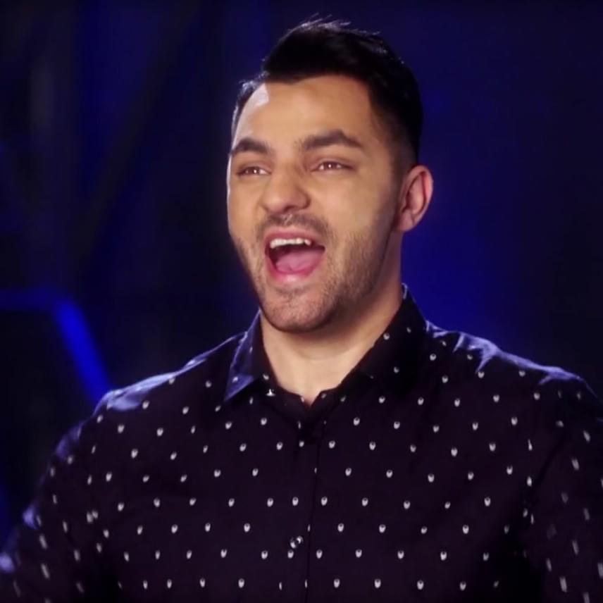 Oláh Gergő, aki Csabához hasonlóan az X-Faktornak köszönheti ismertségét, szintén szerepel a TV2 szórakoztató műsorának ötödik évadában.