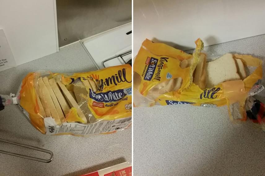 """Ezekkel a képpel indult minden, melyeket egy srác osztott meg Twitteren a következő megjegyzéssel: """"Az egyik lakótársam így bontotta ki a kenyér csomagolását. Többé nem érzem magam biztonságban."""" A poszt egy igazi áradatot indított el, amiben a hasonló megoldásokat ecsetelték."""