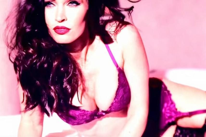 Megan szépségére korábban is felfigyeltek már a világmárkák képviselői: olyan márkákat reklámozott, mint a Giorgio Armani Beauty, az Armani Jeans vagy az Avon.