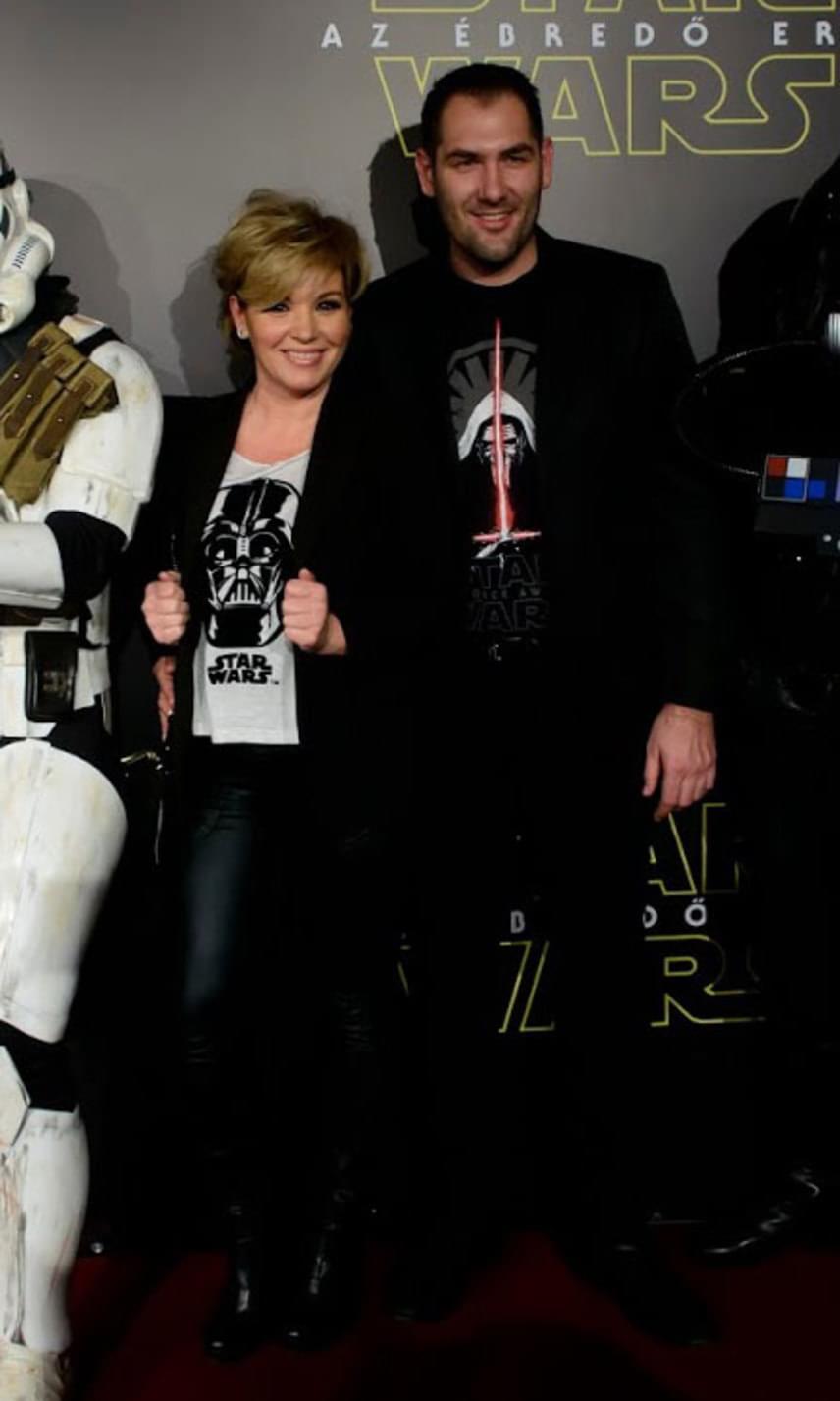 2015 decemberében a Star Wars hetedik részét, Az ébredő Erőt nézték meg együtt.