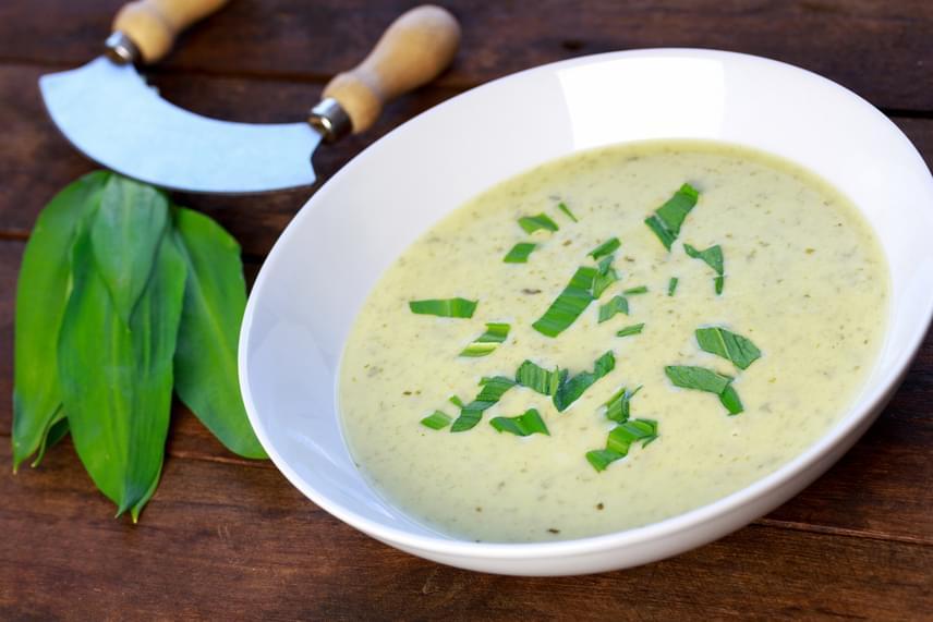 A medvehagyma remek emésztésserkentő, puffadásgátló, emésztést kiegyensúlyozó hatását leves formájában fogyasztva is megtapasztalhatod. Kattints ide, és mutatunk is egy remek receptet!