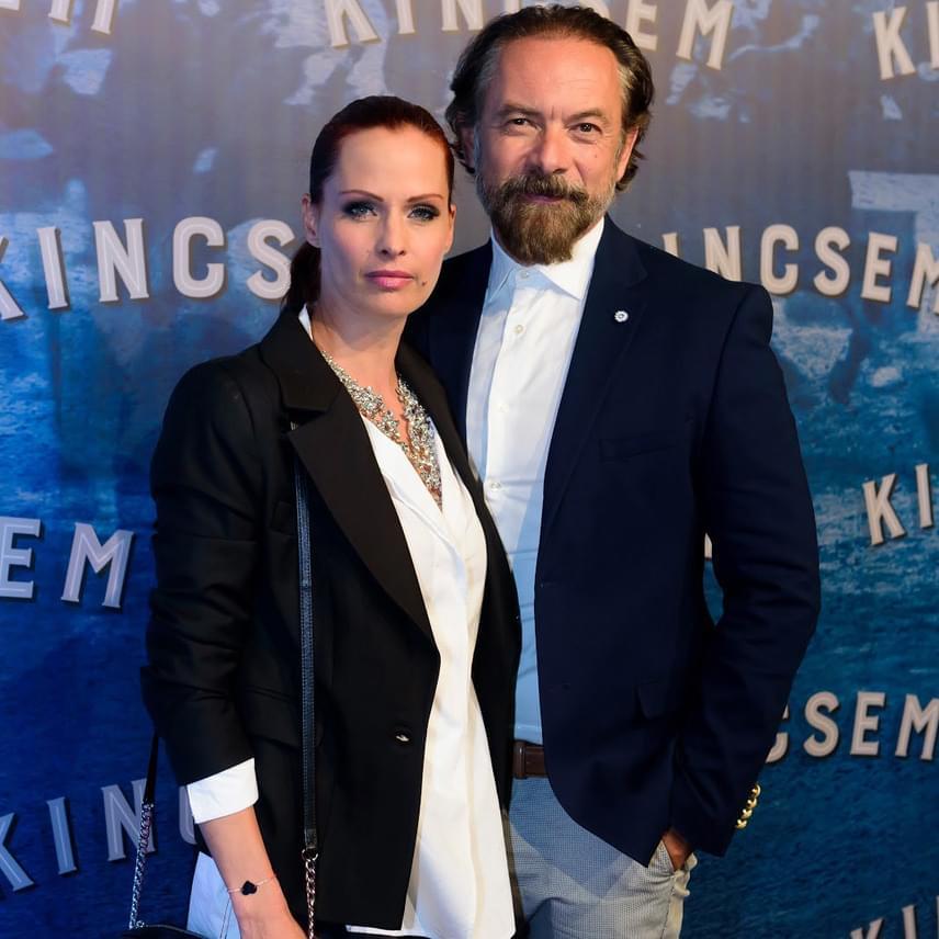 Dobó Kata színésznő párjával, Zsidró Tamással nézte meg a Kincsemet.