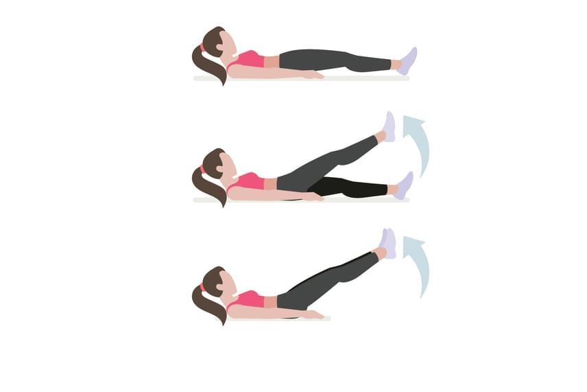 A lépegetéses lábemelés során mindig tartsd ki az elsőként felemelt lábadat, amíg mellé emeled a másikat! Végezz a gyakorlatból kétszer 25-öt!