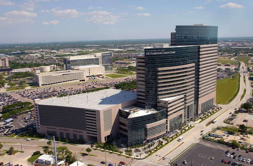 A University of Texas MD Anderson Cancer Hospital a rákkutatás és rákgyógyítás területén jár élen, Amerikában a legjobb, de világszinten is ezt rebesgetik.