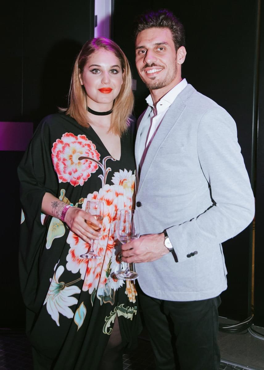 Nyári Dia, a Barátok közt színésznője párjával, Kovács Dániellel, az MTVA sportriporterével gálázott.