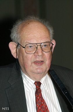Benoit Mandelbrot (1924-2010)