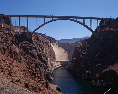 750px-Hoover Dam Bypass Bridge - 2010-07