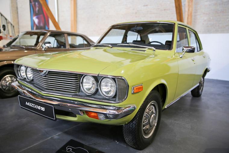 A 616-os már a későbbi középkategóriás 626-os Mazdák előfutára, 1970-től 1979-ig gyártották sornégyes benzinesekkel, de volt Wankel-motoros kivitele is, ezt RX–2-nek hívták, és csak 1978-ig gyártották