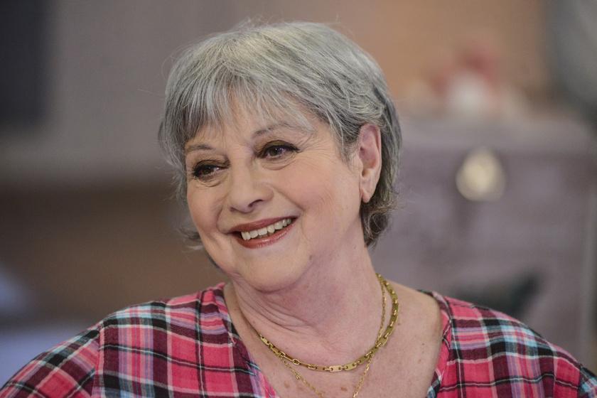 Földessy Margit áprilisban ünnepelte 71. születésnapját. Ma is elbűvölően néz ki.