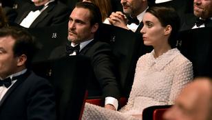Rooney Mara és Joaquin Phoenix Cannes-ban tette hivatalossá kapcsolatát