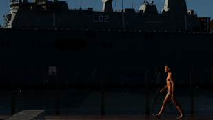 Nem jutott volna eszünkbe hadihajóhoz szervezni a gatyabemutatót