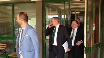 24.hu: Mészáros Lőrinc bizalmasát is gyanúsítottként hallgatták ki a Széchenyi Bank ügyében
