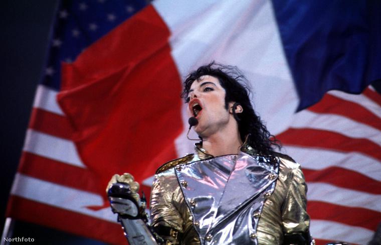 Az énekes testőrei összefoglalták Jackson életének utolsó éveit