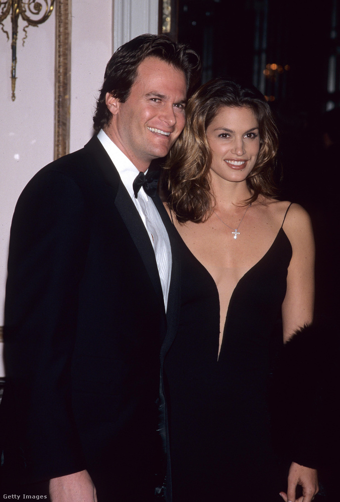 1998Ez a fotó az esküvőjük évében készült