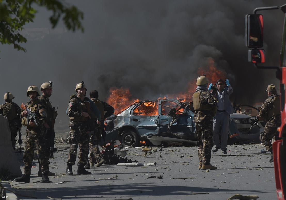 Tartálykocsiba rejtett pokolgép robbant fel szerdán Afganisztán fővárosában, Kabulban.