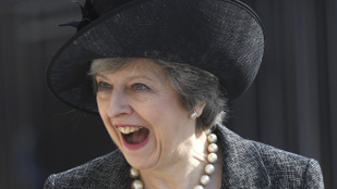 Elég nehéz olyan sokarcú politikust találni, mint Theresa May