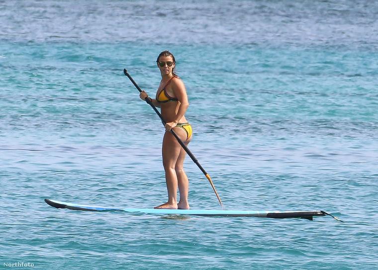 Persze attól, hogy az embernek nem életcélja a bikinihíd (a csípőcsontok felett feszülő fürdőruha alsó) egy kis egészségmegőrző sport belefér