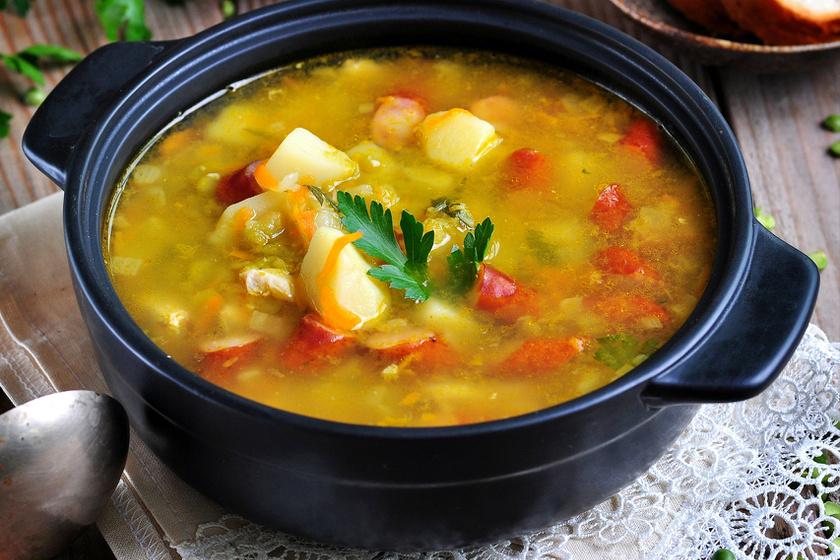 zoldseges-kolbaszos-ujkrumplileves-recept