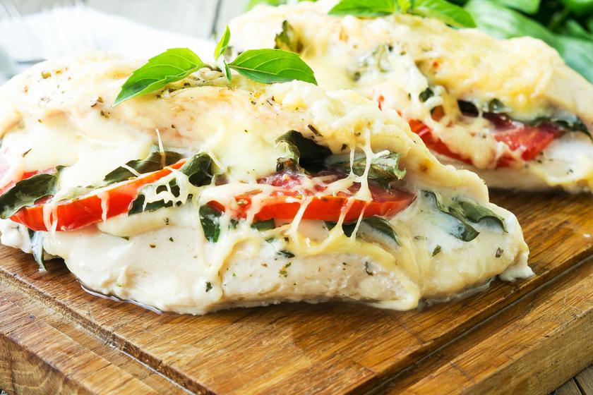 paradicsomos-sajtos-csirkemell-recept