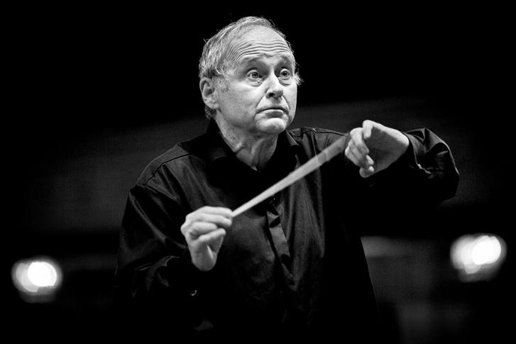 Fischer Ádám, az előadás karmestere