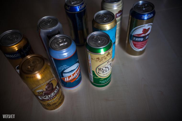Szóval?Mivel az egyes sörök pontszámait már közöltük, most a lényegre szorítkozunk: ha olcsó sört szeretne venni, ezek közül a legjobb, amit vehet,a Gold Fassl.Tesztünk második helyezettje a drágább Krusovice lett, és attól csak egyetlen ponttal maradt el a Rocky Cellar, amiről szintén sok jót írtak a kollégáink.Ha az olcsósör-dobogó minden fokára olcsó sört állítunk ebből a tesztből, a harmadik helyet a Kozel érdemelte meg.