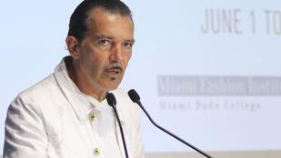 Mi történt Antonio Banderas arcszőrzetével?