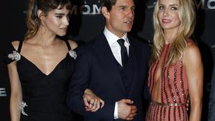 Tom Cruise-t két jónő közé tették az új Múmiában