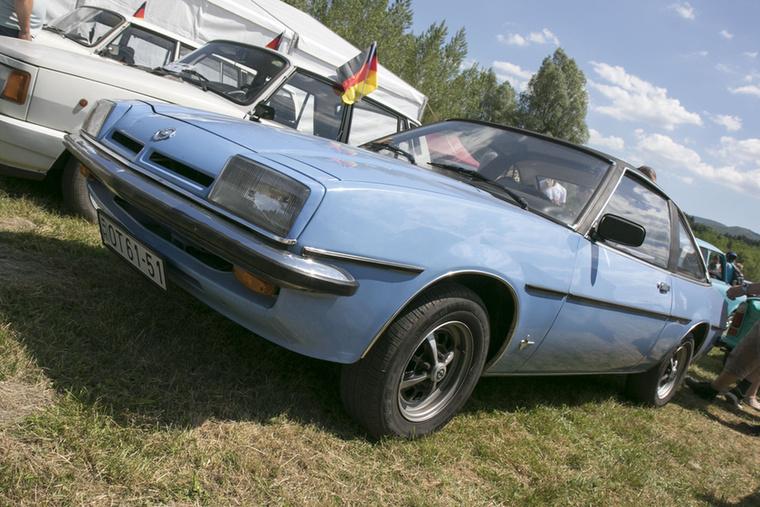 Nem volt típusrasszizmus, az Opel Manta is elfért a Trabik és Wartburgok között