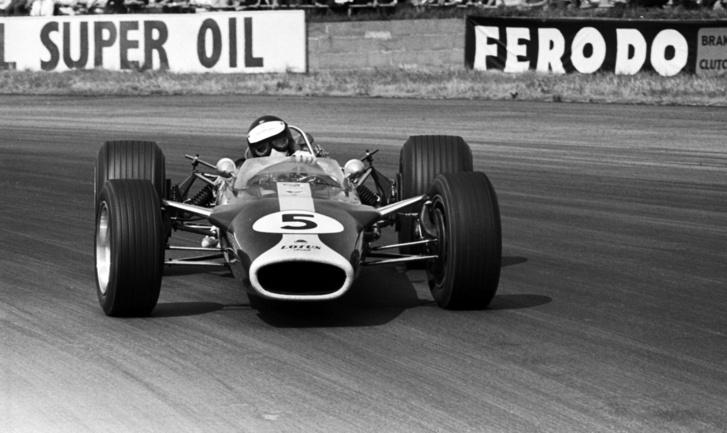 Clark és Lotusa az 1967-es brit nagydíjon