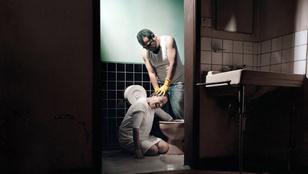 Az illegális kínzóklinikák ellen küzd kampányával egy ecuadori fotós