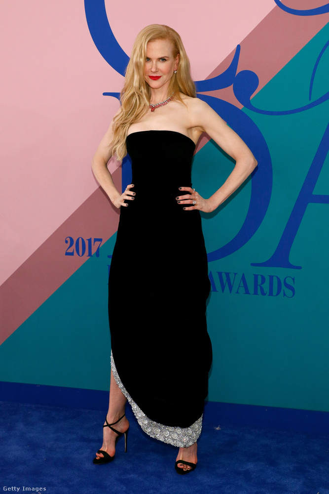 Nicole Kidman folytatja a Cannes-ban megkezdett sikersorozatot, már megint borzasztóan csinos