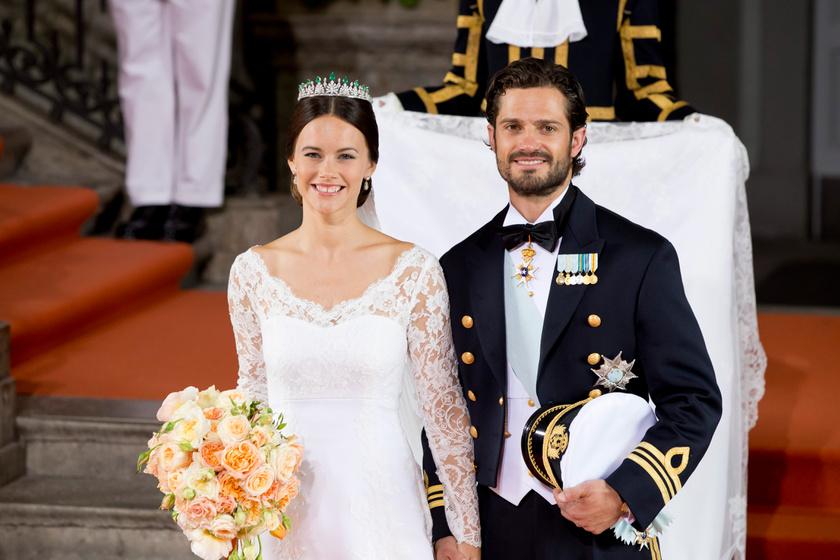 Sofia és Carl Philip közös barátok révén találkoztak, és állítólag első látásra egymásba szerettek. 2015-ben házasodtak össze, és már a második gyermeküket várják.
