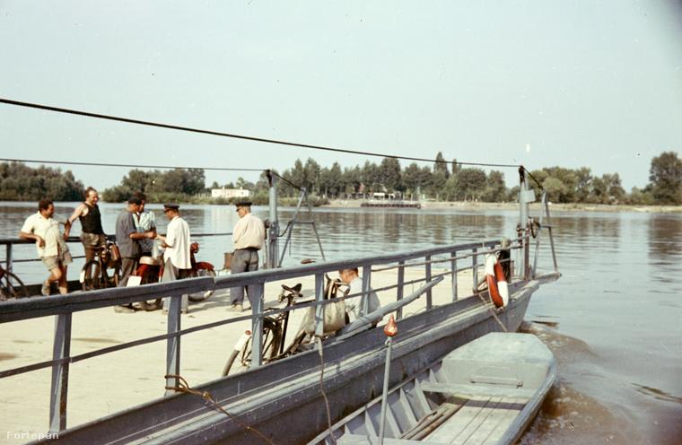 Gerjen és Kalocsa között már járt komp 1966-ban