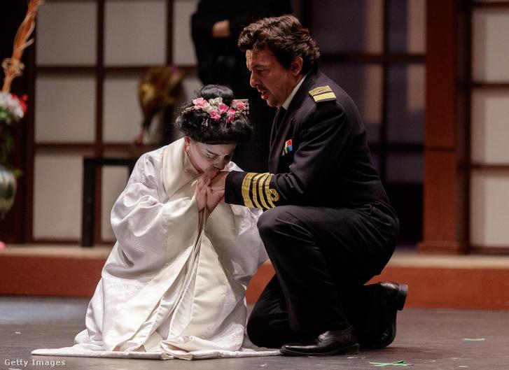 Jelenet egy márciusi előadásból a madridi Teatro de la Luzban