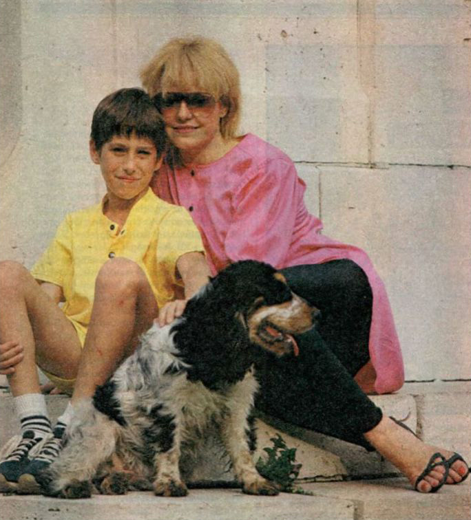 Cserháti Zsuzsa és fia, Krisztián 1987-ben