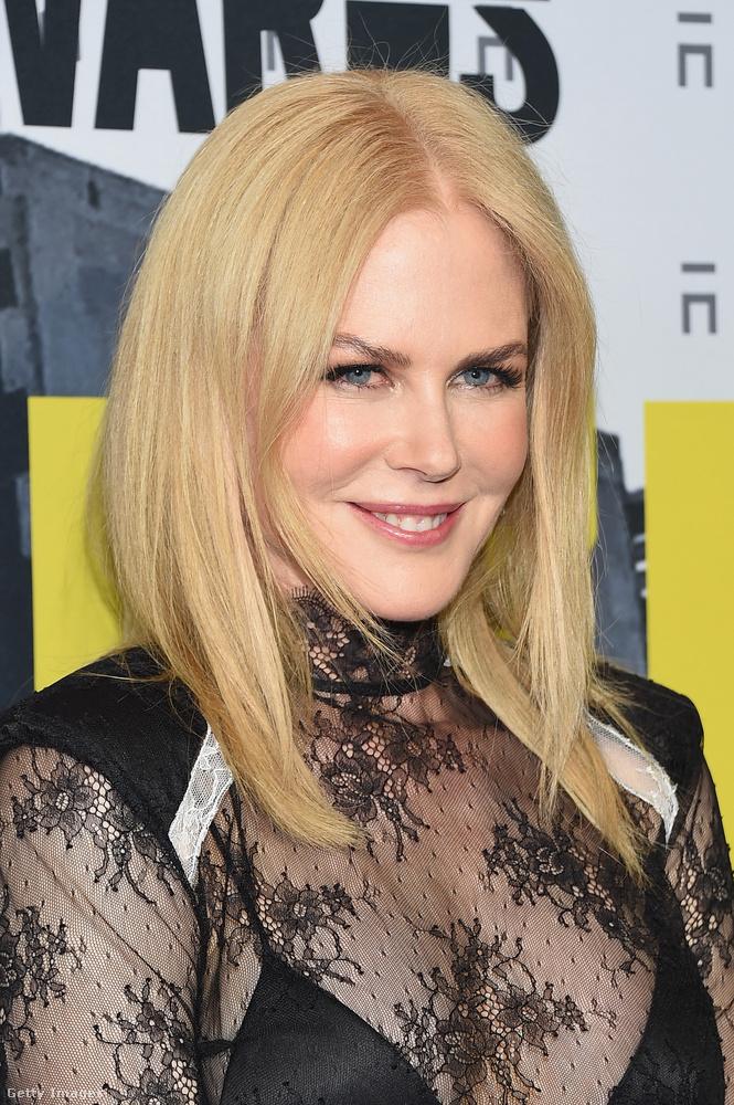 Merthogy Kidman indokolatlanul sokszor és sokféleképpen plasztikáztatta főleg az arcát azért, hogy ne öregedjen