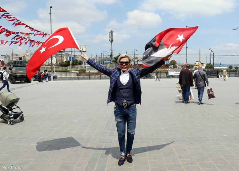 És íme egy törökországi kiruccanás, szépülés végett.