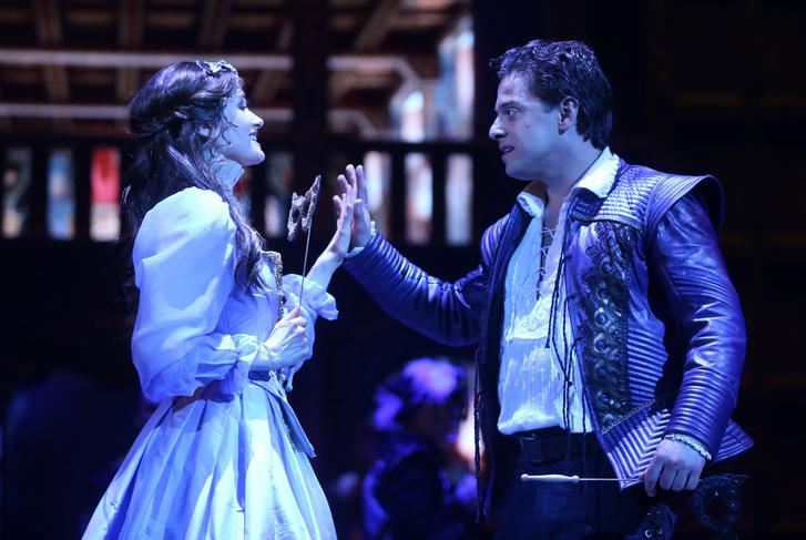 Nagy Sándor (Will) és Tompos Kátya (Viola)