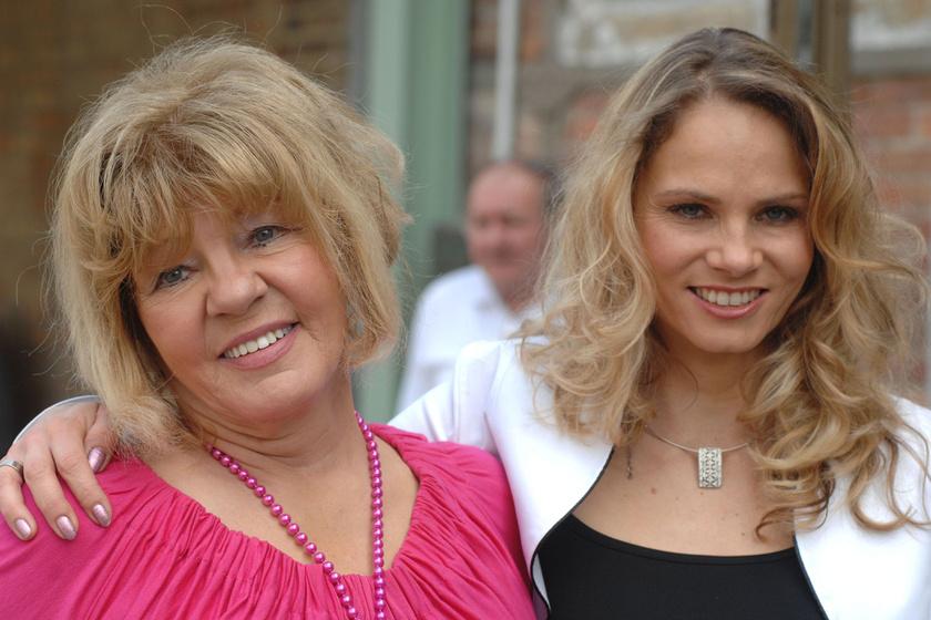 Vajda Márta és lánya, Brunner Márta
