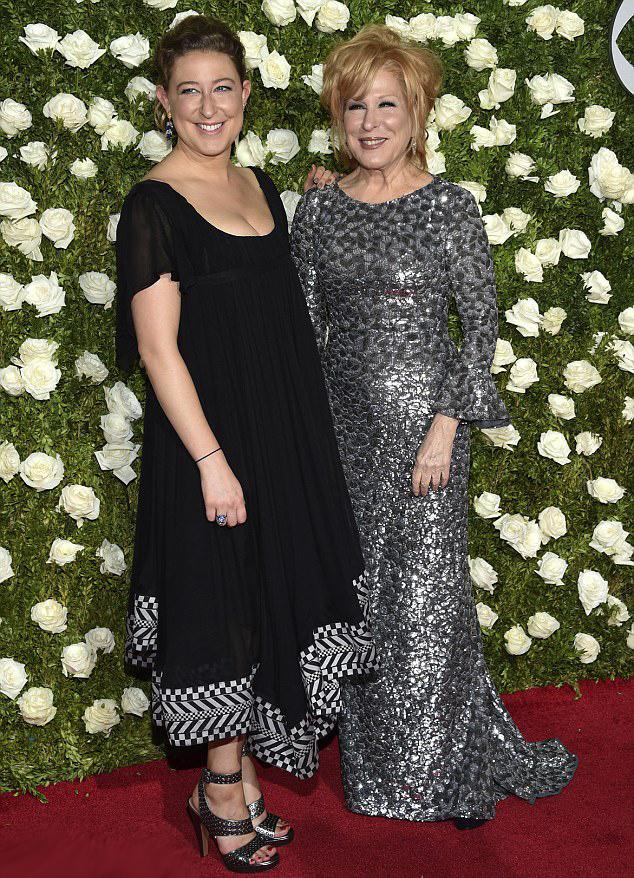 Bette Midler és lánya, Sophie von Haselberg a 2017-es Tony-gálán