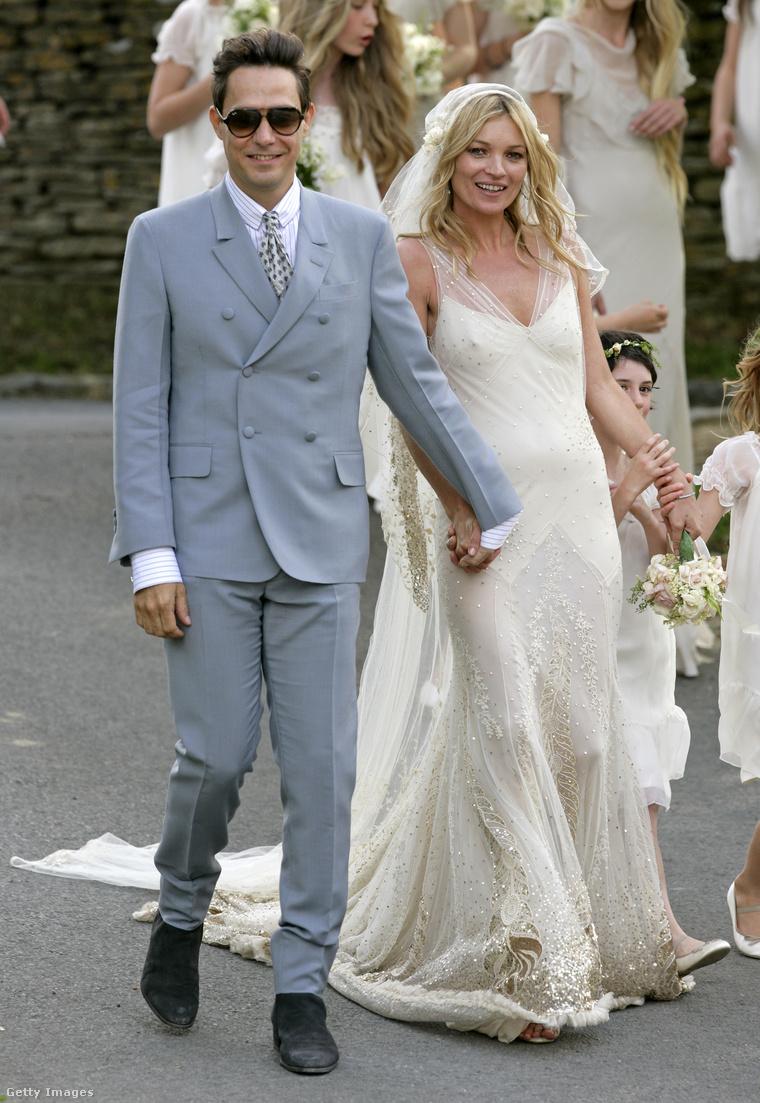 Jamie Hince és Kate Moss esküvője 2011-ben.